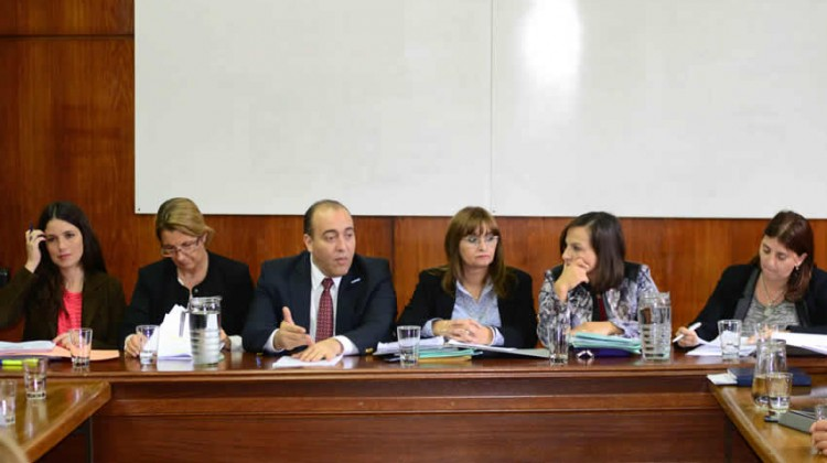 comisionees